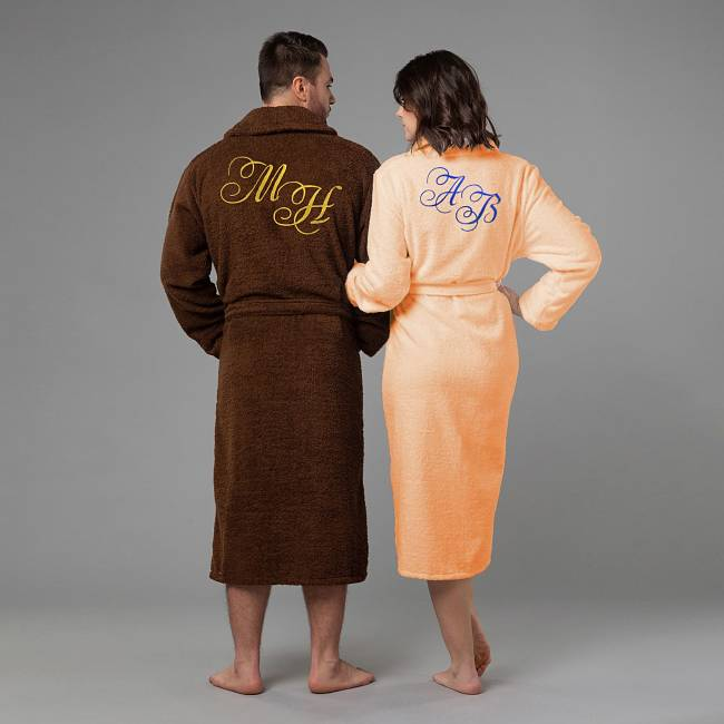 Халаты с вышивкой