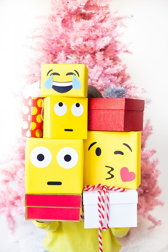 Упаковка подарка в виде Эмодзи 1