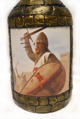 подарок мужчине декупаж бутылки Рыцарский замок 2