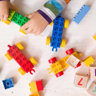 Игрушки для ребенка на 2 года