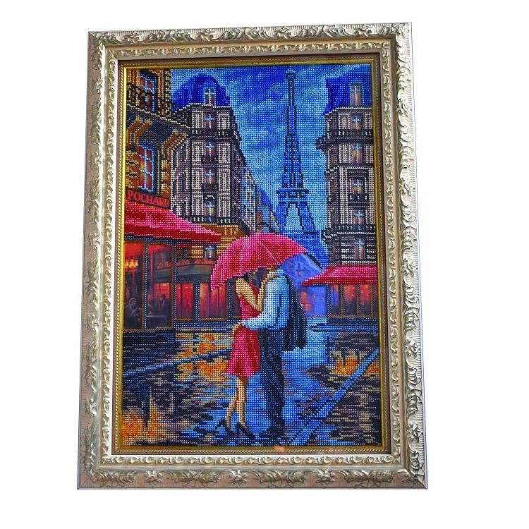 Картина вышитая бисером Париж двое