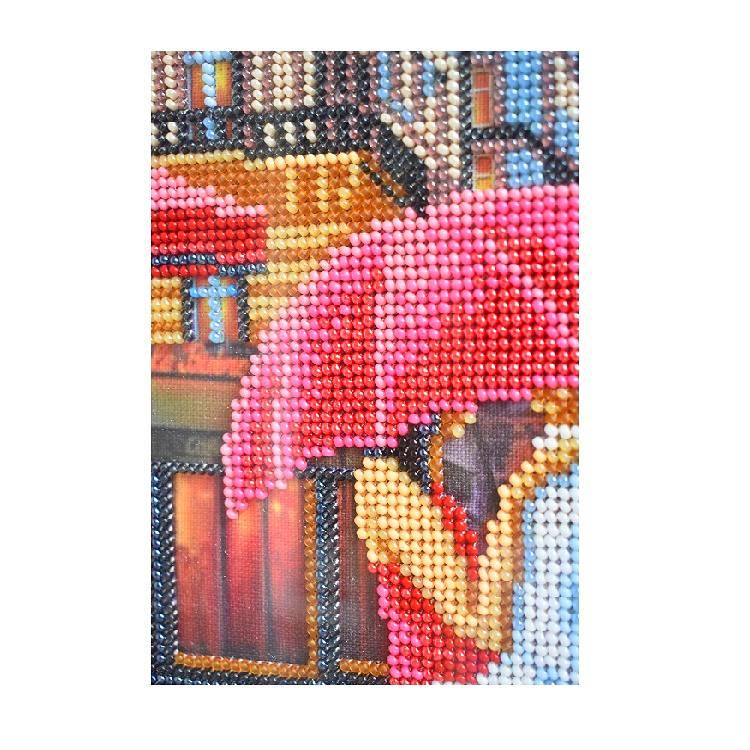 Картина вышитая бисером Париж двое 3